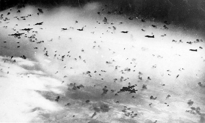 B-17と対空砲火