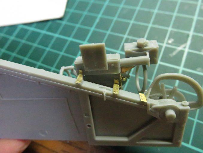 Flak41 砲架右側 射撃管制装置の組み立て14