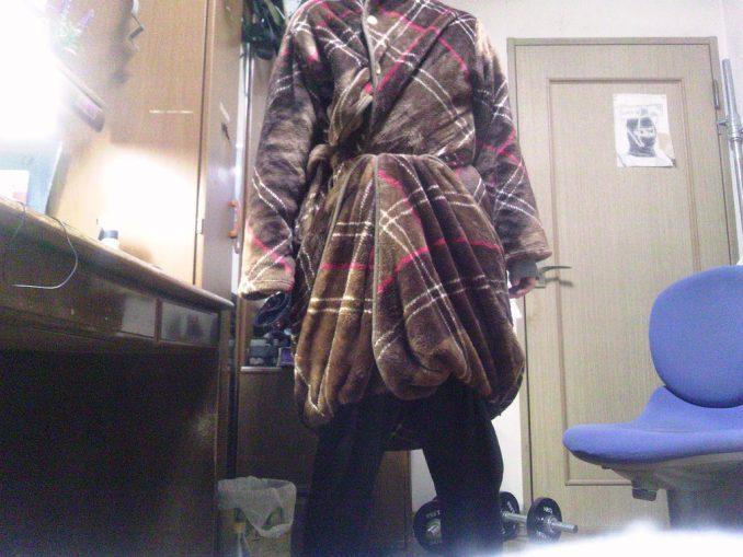 着る毛布「Groony」 試着2