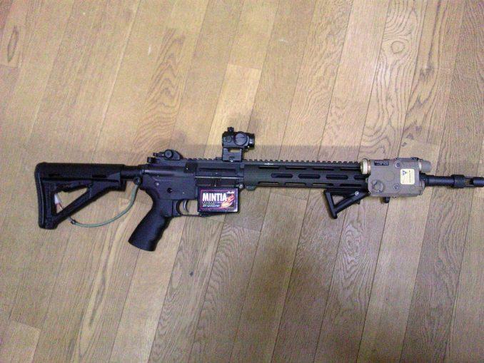 M4とPEQ-15