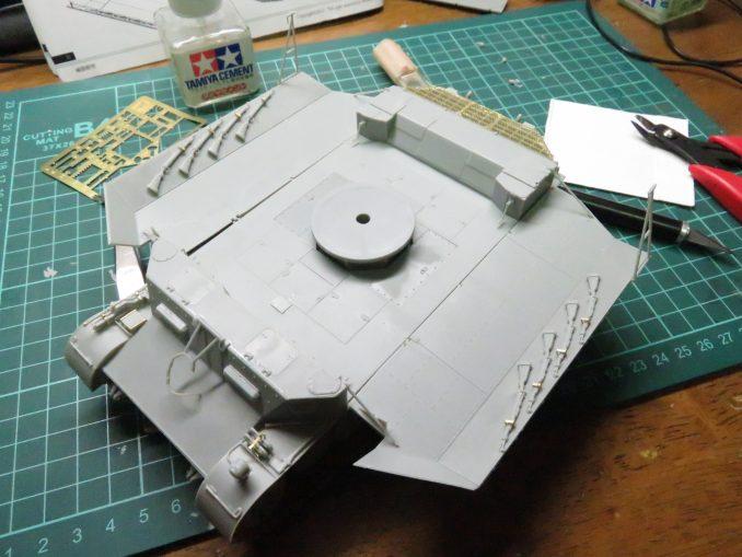 フラックワーゲン 装甲板の仮組み