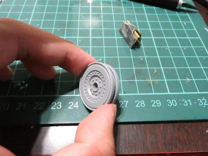 E-100対空戦車 転輪の貼り合わせ