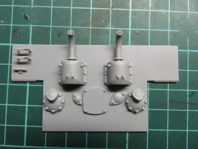 E-100対空戦車 リアパネルの組み立て 排気管の組み立て2