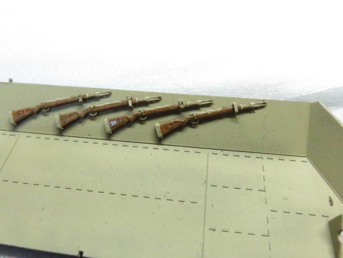 フラックワーゲン ライフル 木のニス色塗装