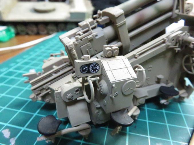 フラックワーゲン デカール貼り付け 8.8cm Flak41のメーター2