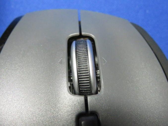 M705m マウスホイールのアップ