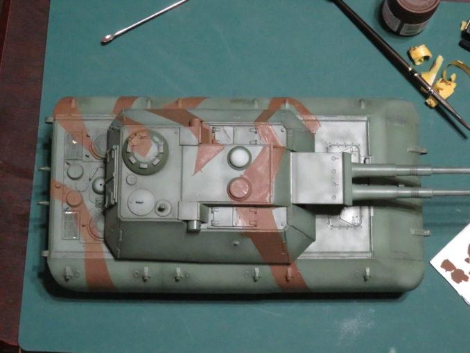 E-100 対空戦車 ストライプ迷彩 レッドブラウン筆塗り 上からみた図
