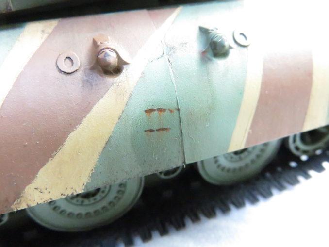 E-100 対空戦車 ひっかき傷から流れる錆