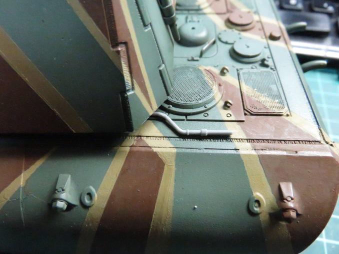 E-100 対空戦車 OVMの取り付け エンジン始動クランクの仮置き2