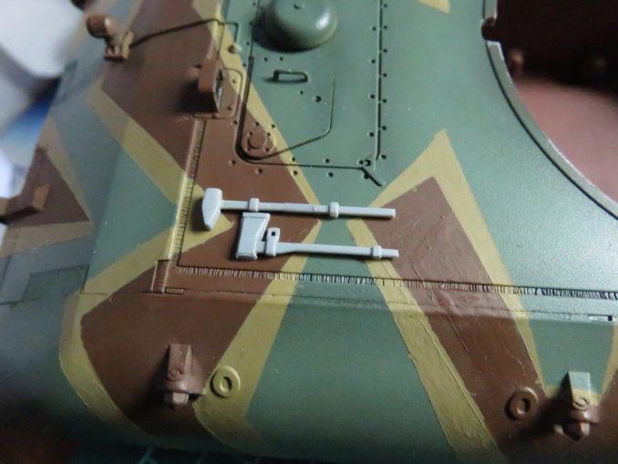 E-100 対空戦車 OVMの取り付け ハンマーの仮置き