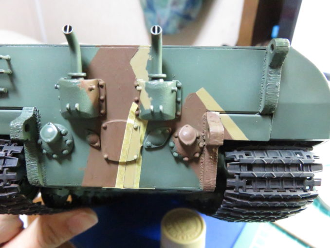 E-100 対空戦車 ストライプ迷彩(ダークイエロー) 車体後部の塗装2
