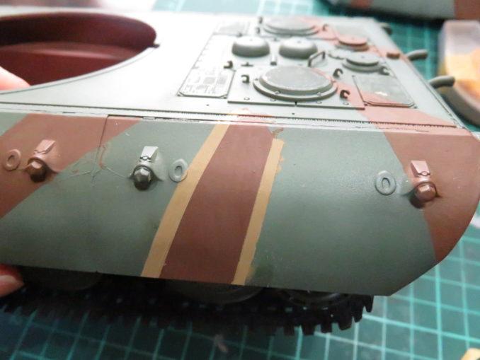 E-100 対空戦車 ストライプ迷彩(ダークイエロー) 車体側面の塗装2