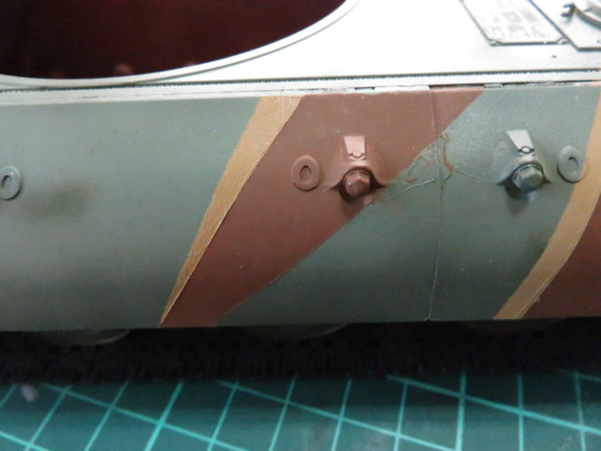 E-100 対空戦車 ストライプ迷彩(ダークイエロー) 車体側面の塗装3