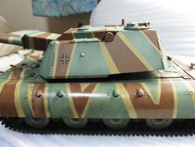 E-100 対空戦車 ウォッシング 塗装部分と未塗装部分の色の違い2