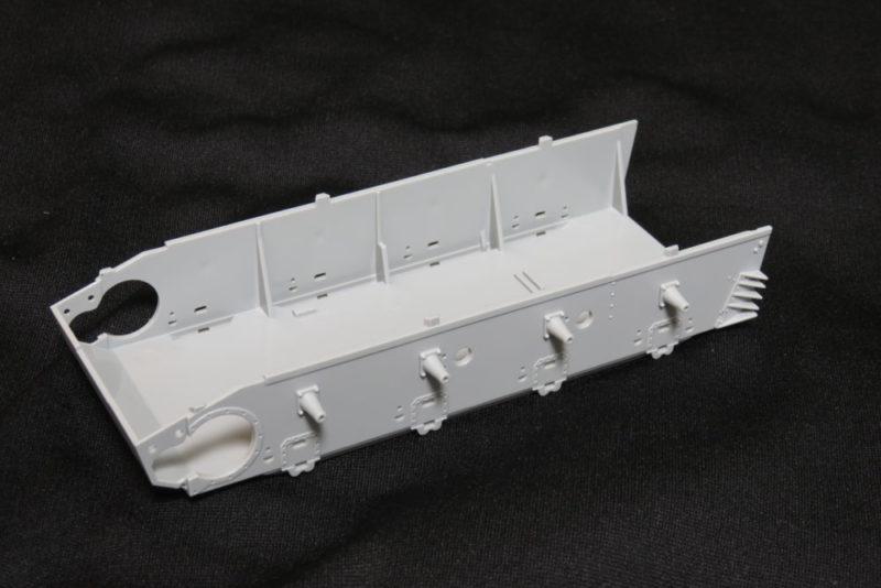 ドラゴン 4号戦車J型 車体下部パーツ