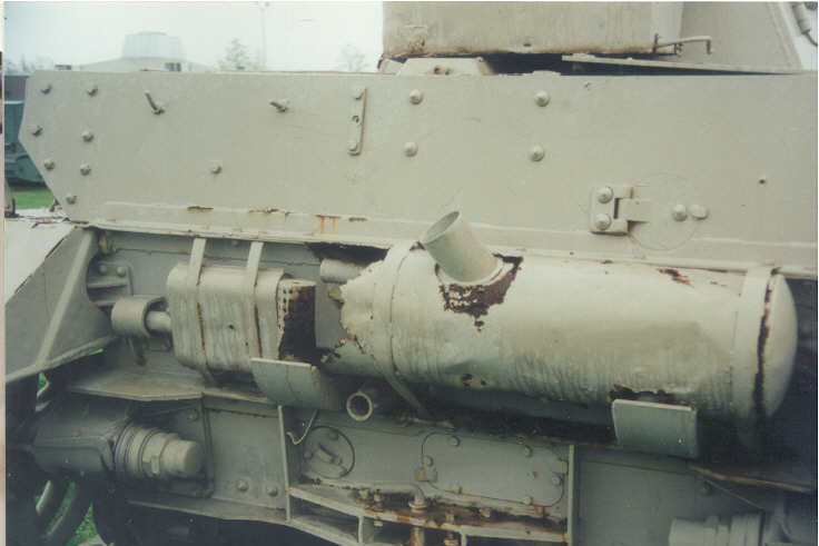 4号戦車 H型の補助マフラー