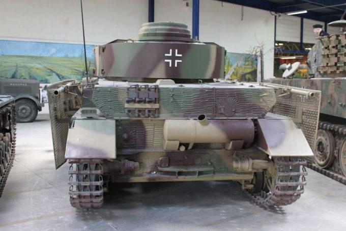 4号戦車J型の後部