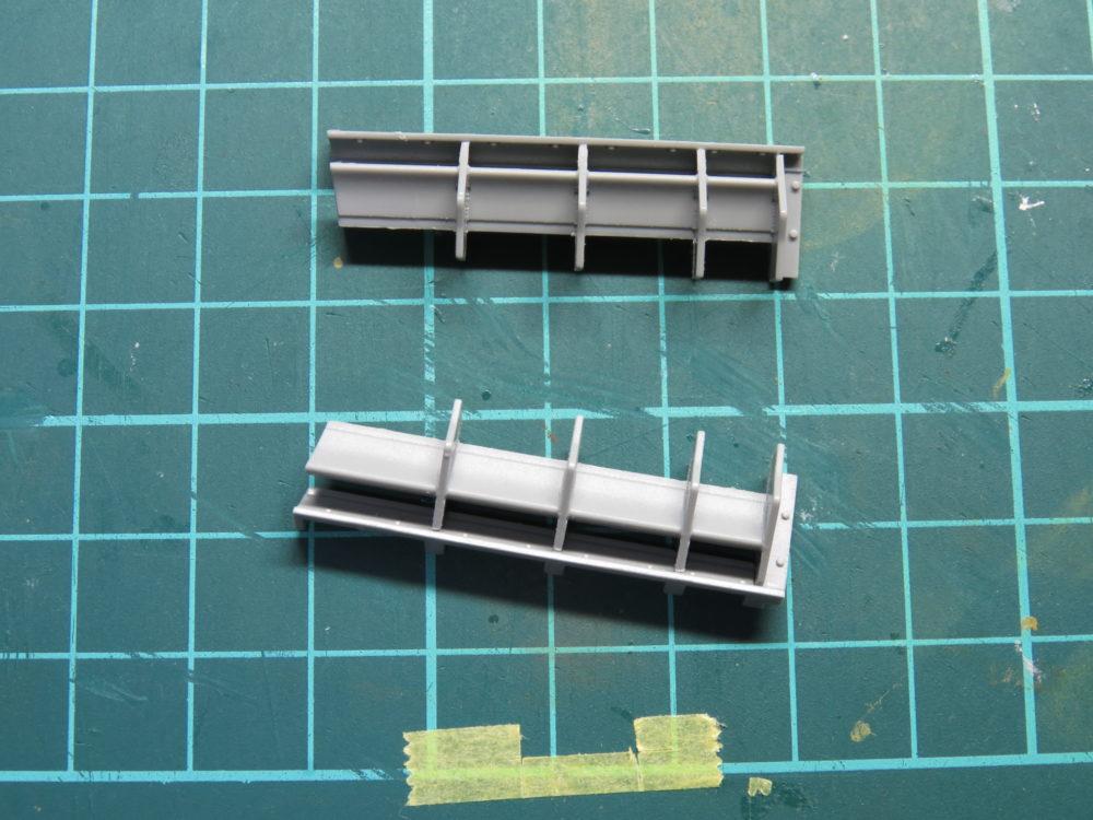 4号戦車 J型(中期型) 車体上部、エンジン吸気口の組み立て