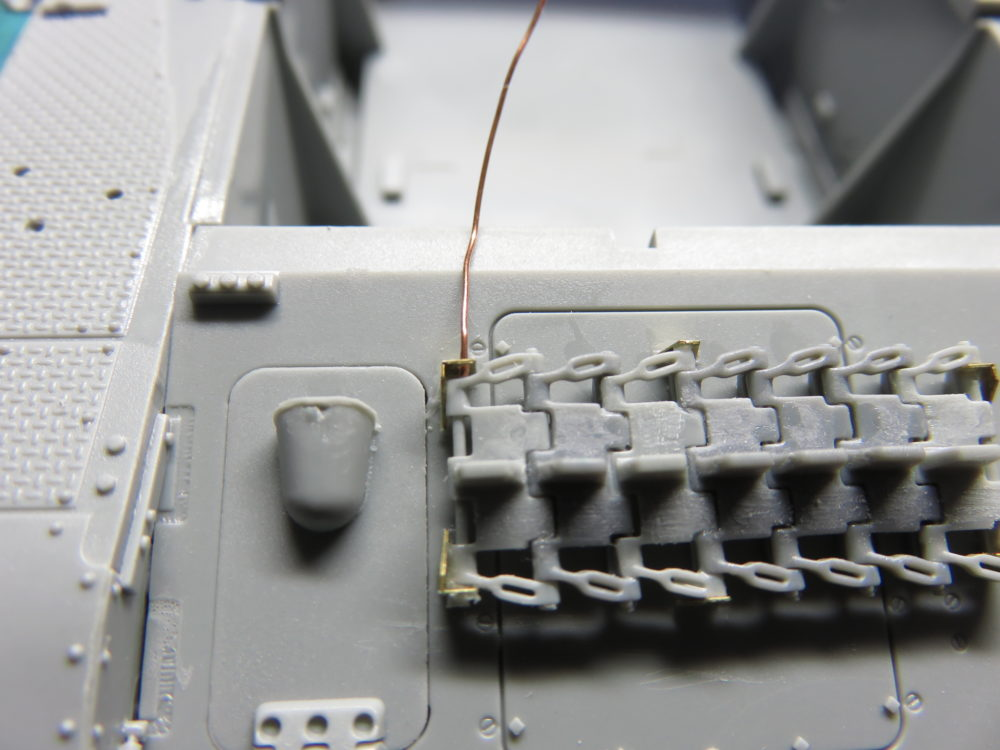4号戦車 J型(中期) 予備履帯のラックのディテールアップ2