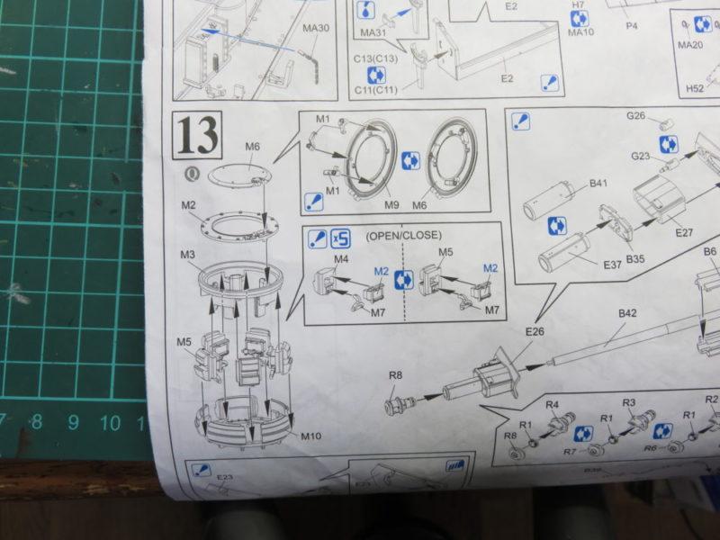 4号戦車 J型 キューポラの組み立て