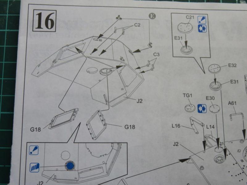 4号戦車 J型 砲塔側面の組み立て