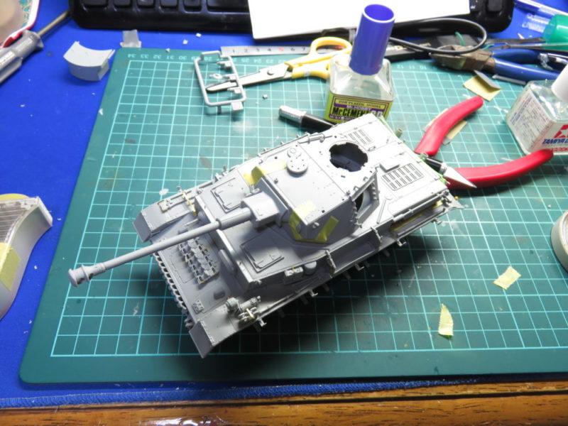 4号戦車 J型 車体基礎の完成