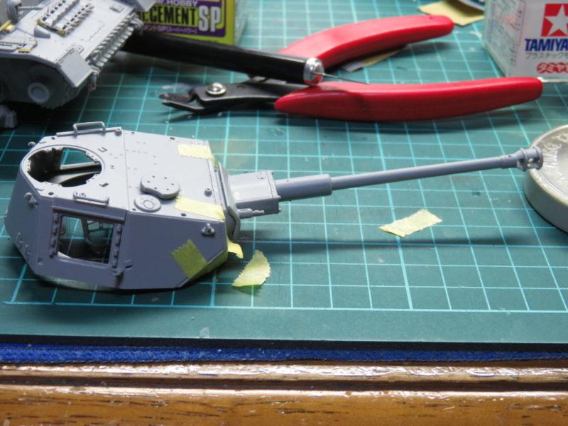 4号戦車 J型 各種砲塔パーツを合体させる