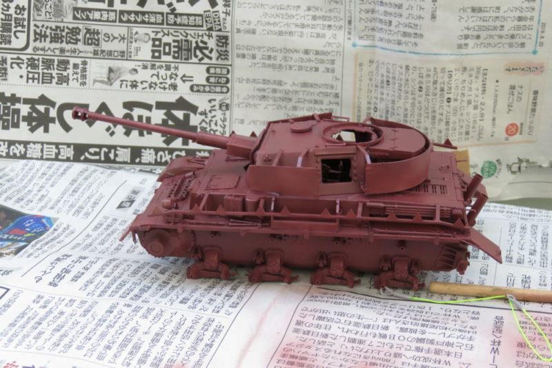 4号戦車 J型 サーフェイサーEVOを吹き付ける 車体・砲塔の塗装