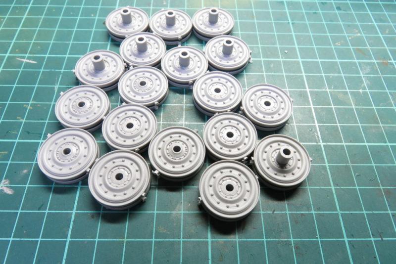 キングタイガー 転輪の組み立て 転輪パーツ2