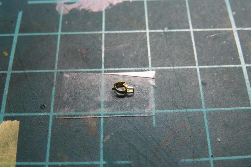 キングタイガー OVMの留め具 パーツを合体させる2