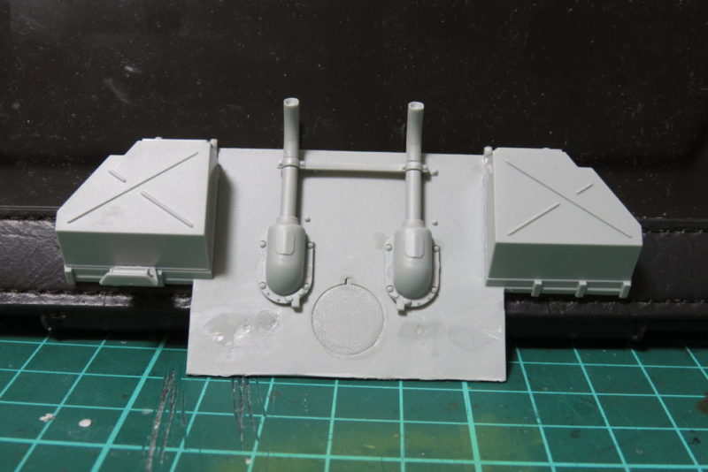 パンターD型V2 リアパネルを組み立てる