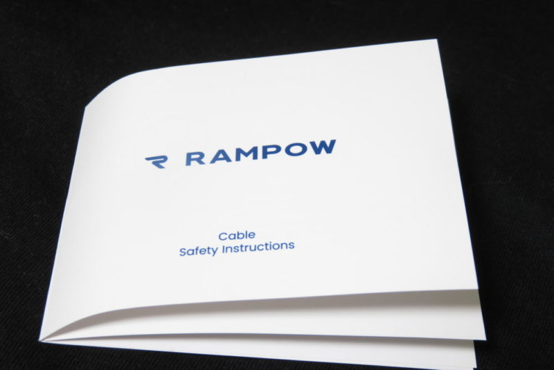 Rampow USBケーブル 取扱説明書