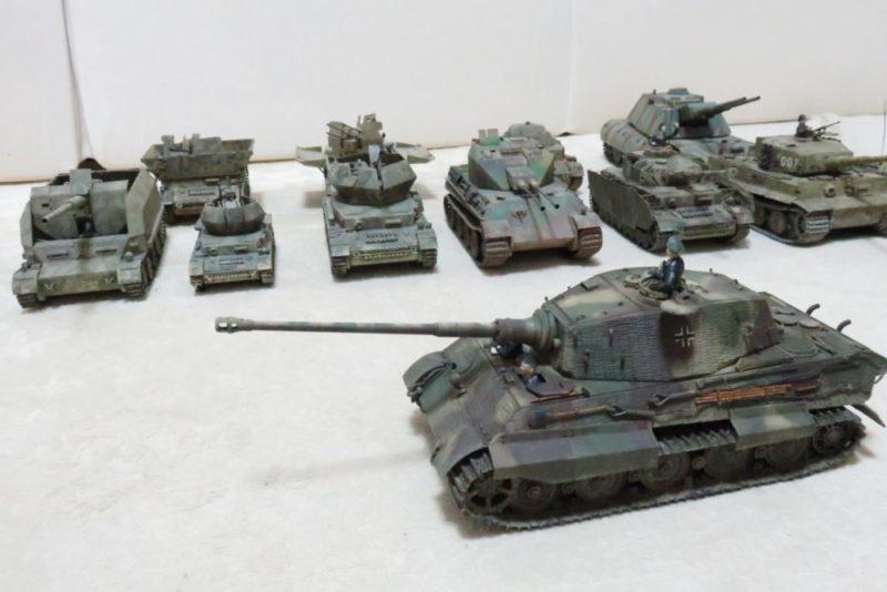 キングタイガーと今まで作った戦車模型たち2