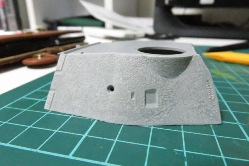 パンターD型 V2 砲塔 装甲板表面の荒れを再現