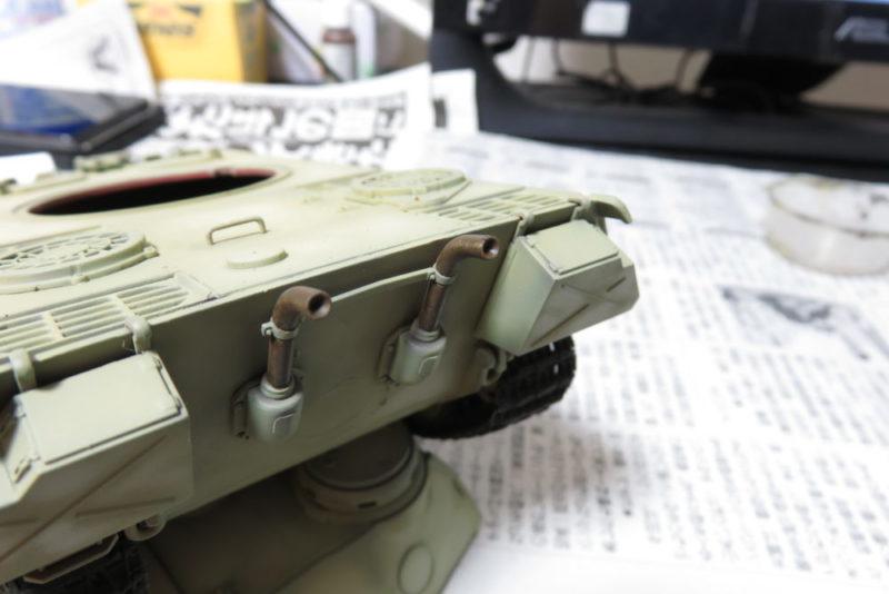 パンターD型 V2 排気管の塗装2