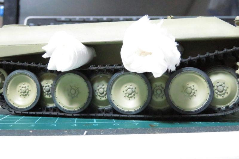 パンターD型 V2 履帯の塗装と取りつけ