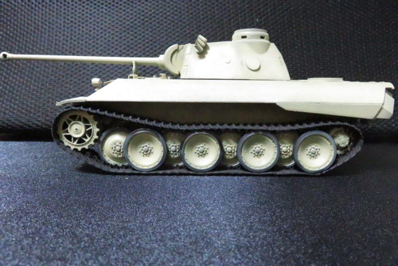パンターD型 V2 履帯のたるみを表現