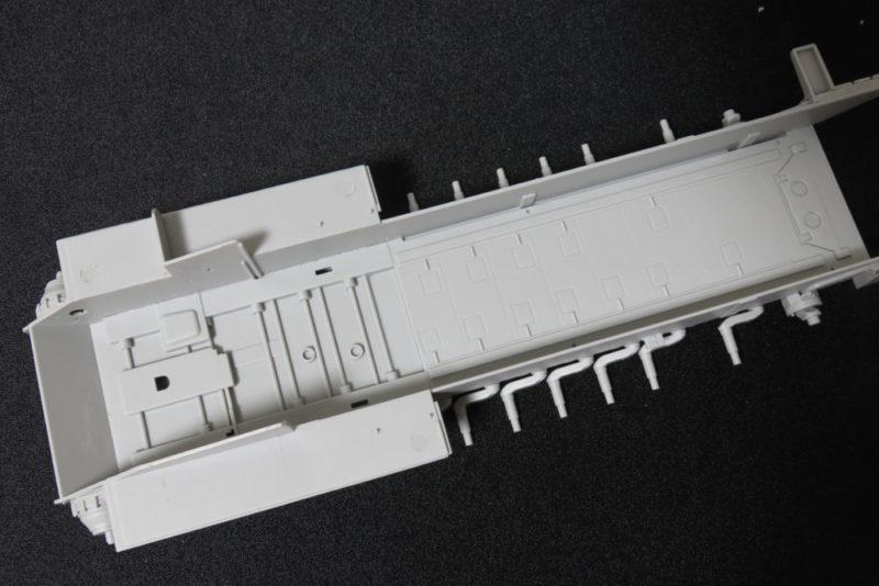 グリレ17 シャーシ内部の組み立て3