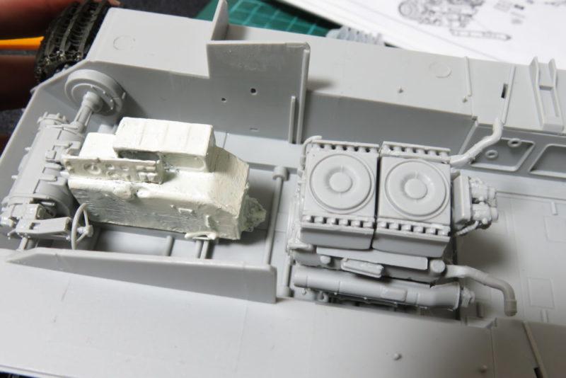 グリレ17 変速機とエンジンの配置を確認