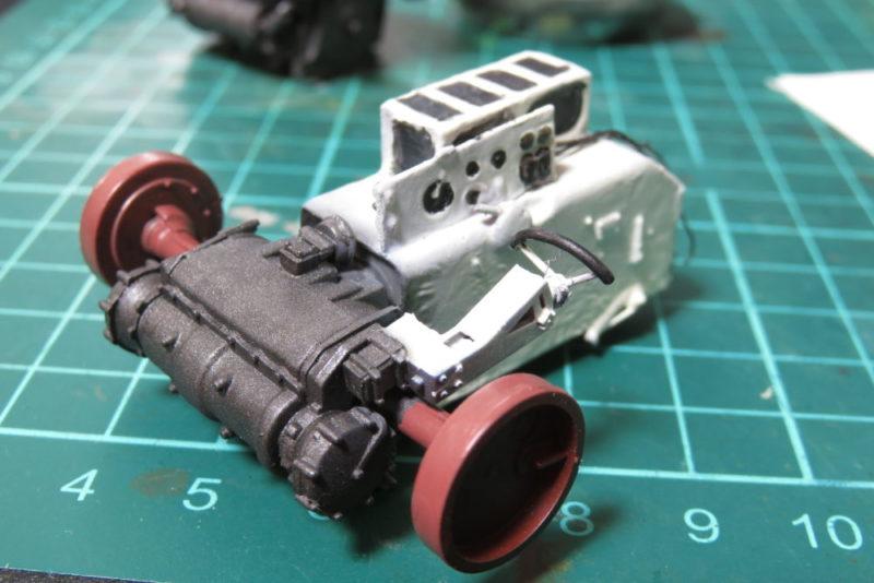 グリレ17 車内の塗装 トランスミッションの塗り分け2