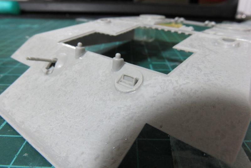 グリレ17 車体前方の装甲板の組み立て4