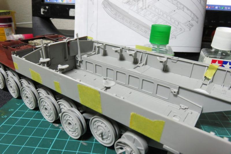 グリレ17 戦闘室 側面下部の組み立て6