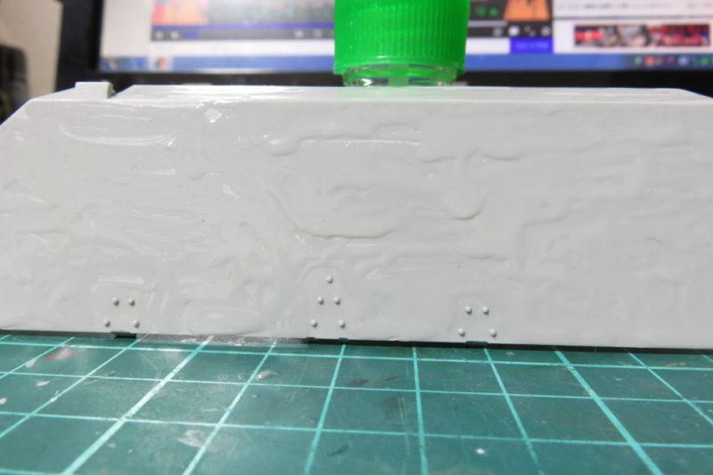 グリレ17 側面装甲板(上部)の組み立て 装甲板表面のディテールアップ