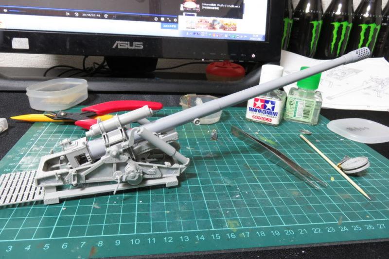 グリレ17 17cm K72(Sf) 仰俯用油圧シリンダー2