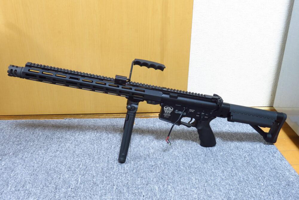 バイポッドを追加したM4軽機関銃3