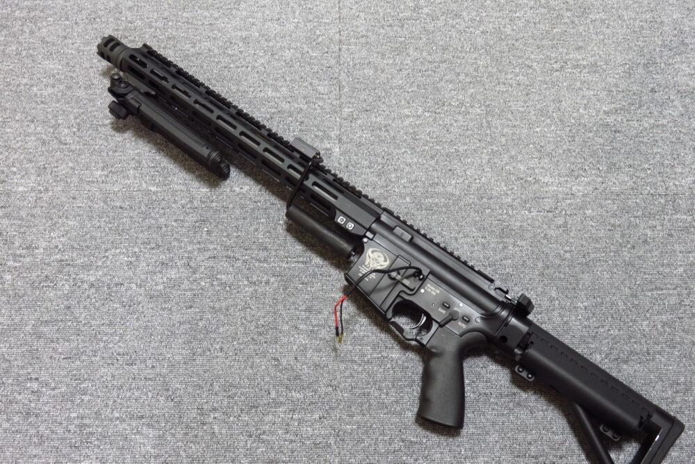 バイポッドを追加したM4軽機関銃4